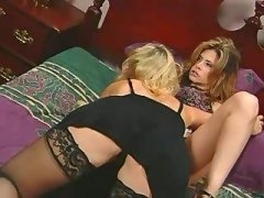 Wild lesbian hottie itching for sex lesbian porn movies